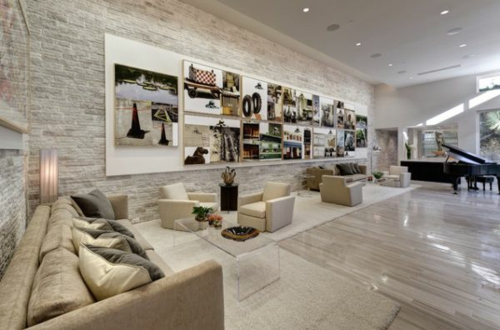 Das Wohnzimmer Attraktiv Einrichten Steinwand Sofa Monochromatisch Farbe