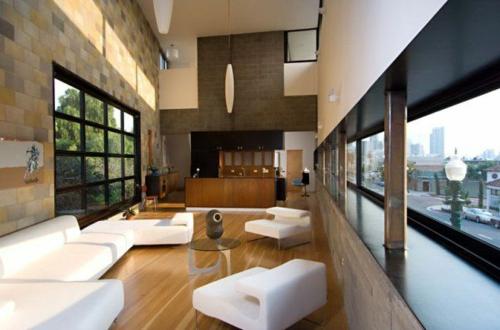 Das Wohnzimmer attraktiv einrichten weiß sofas sessel