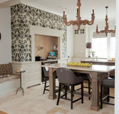 Französisches-Küchen-Design-im-Landhausstil-eingerichtet-tapeten