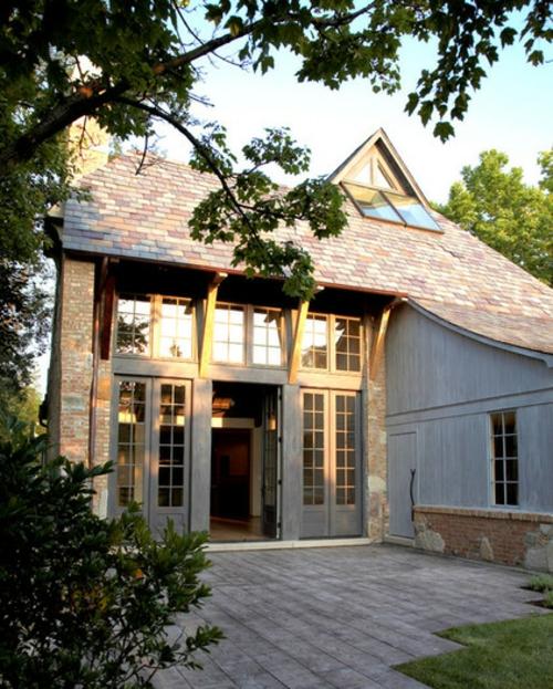 Gartenhaus im Hinterhof blumen zeitgenössisch design