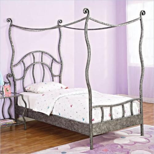 Himmelbetten aus Holz im Schlafzimmer bettwäsche mädchenhaft