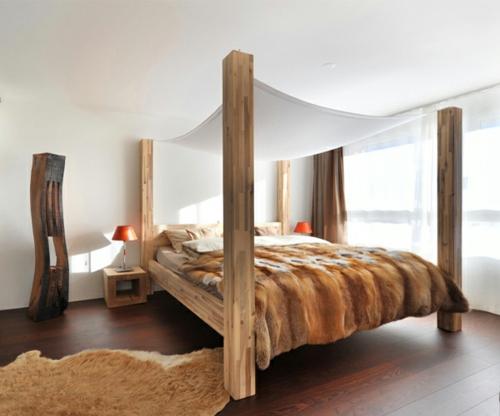 Himmelbetten aus Holz im Schlafzimmer massiv fest konstruktion