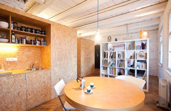 Homeoffice mit skandinavischem Design in Bratislava runder tisch