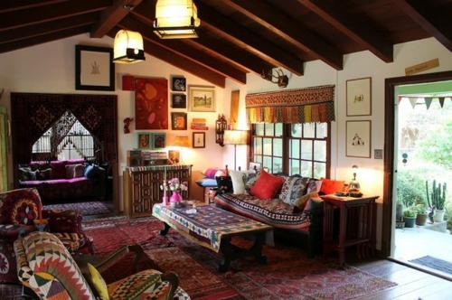 Interior Designs mit cooler Dekoration orientalisch dunkel sofa kissen