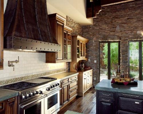 Küchen Designs klassisch einrichtung steinwand kochplatte
