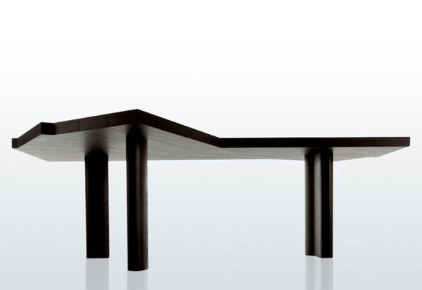 Esstisch Beine Holz ~ Origineller massiver Esstisch  Ein überdauernder und zeitloser Stil