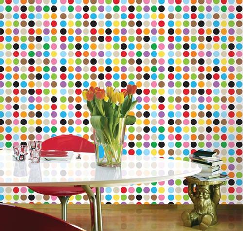 Wanddekoration mit wundervollen modernen Aufklebern bunt punkte