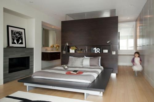Wandregale aus Holz schubladen raum sparen kopfteil schlafzimmer