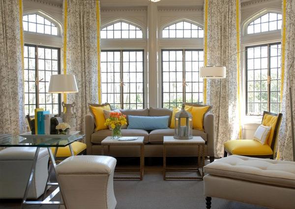 ausgefallenes Interior Design - Akzent setzende Stühle klassisch