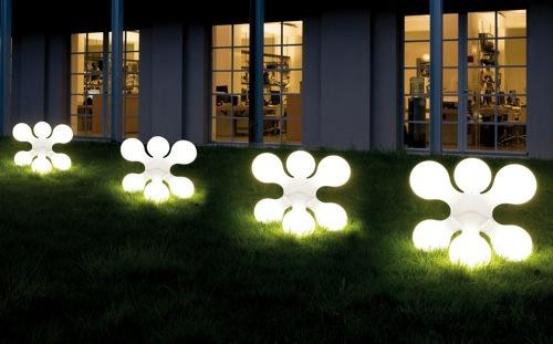 beleuchtung für garten und veranda interessante figuren leuchtend