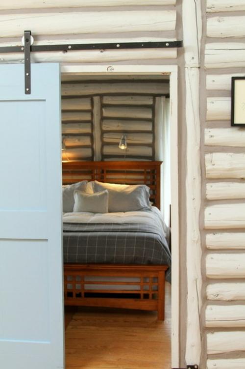 Blockhaus aus Holz am Michigan See - unerwartet hell und ...