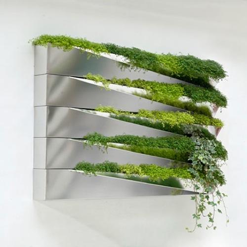 coole große wandspiegel bepflanzung grün originell