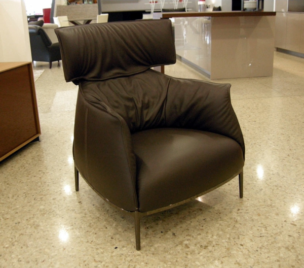 Cooler Luxus Sessel - Archibald King von Poltrona Frau.