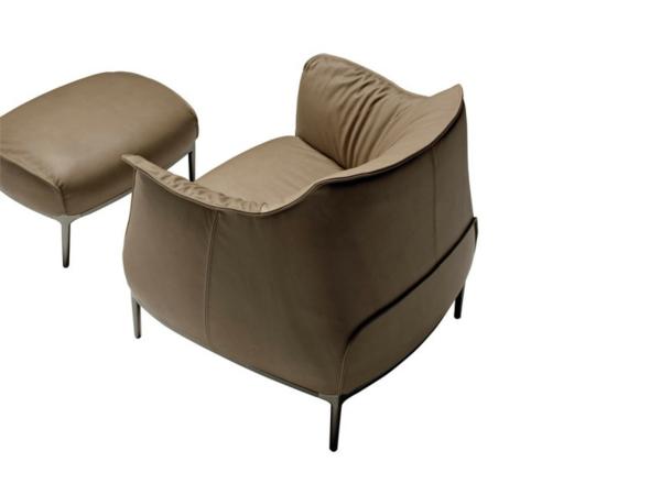 cooler luxus sessel in beige zum entspannen