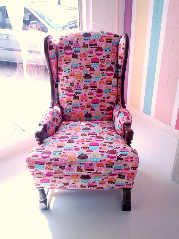 cupcakes möbel designs sessel polsterung thron lustig rosa