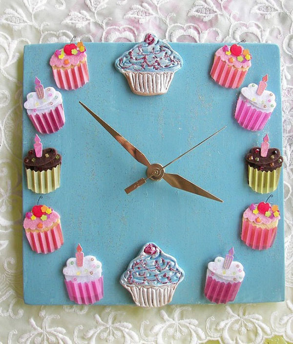 cupcakes möbel designs wanduhr türkis