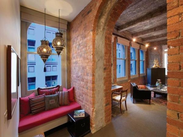 Balkonmobel Runder Tisch : das ultimative lagerhaus loft sitzecke fenster rosa auflagen kissen[R