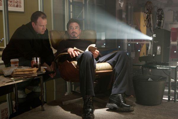 Das Zeitlose Eames Lounge Chair Bequem Extravagant Iron Man