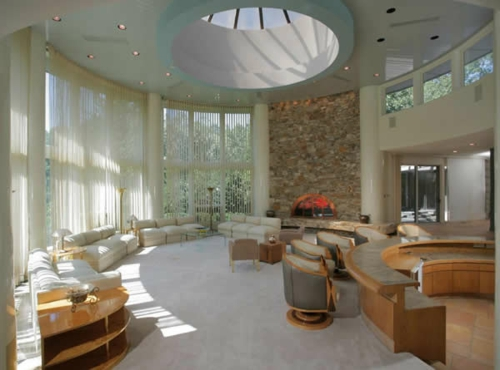 einbau beleuchtung dachfenster gardinen sofas sessel beistelltisch regale