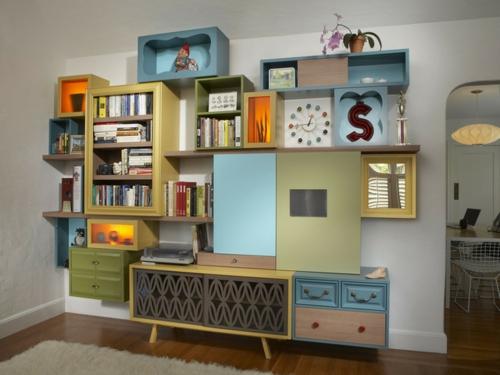 eklektisches wohnzimmer bunte modulare regale