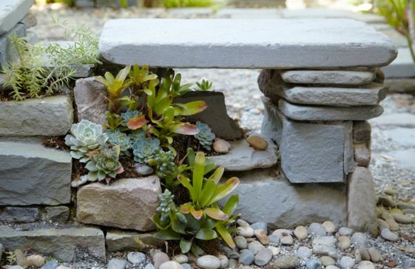 exotische dekoration mit tropischen pflanzen wie man bromelie pflegt. Black Bedroom Furniture Sets. Home Design Ideas