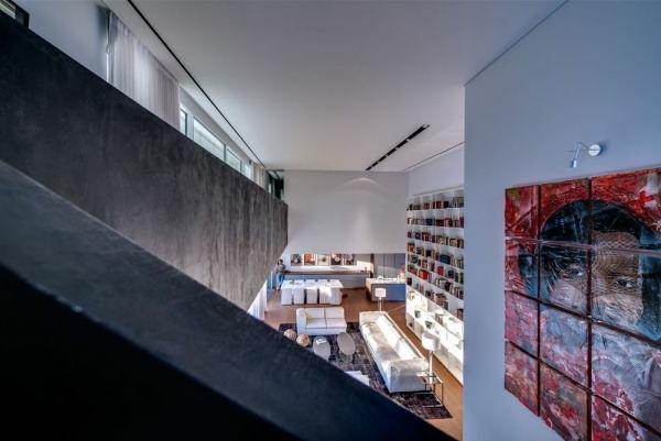 extravagantes familienhaus in israel luxuri s und sehr einladend. Black Bedroom Furniture Sets. Home Design Ideas