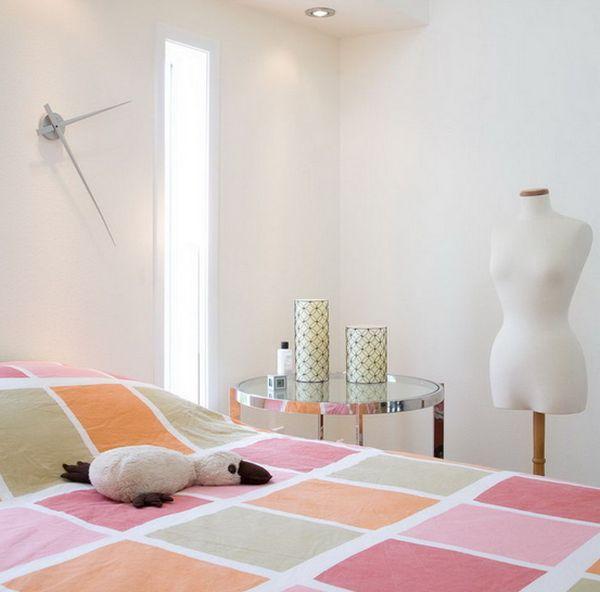 feminine einrichtung schlafzimmer niedlich farben wanduhr schnittig