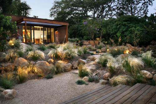 Große Findlinge Für Garten findlinge im garten für eine schönere landschaft