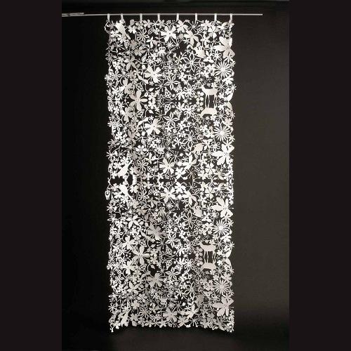 10 sch ne ideen f r gardinen als trennwand im innenraum. Black Bedroom Furniture Sets. Home Design Ideas