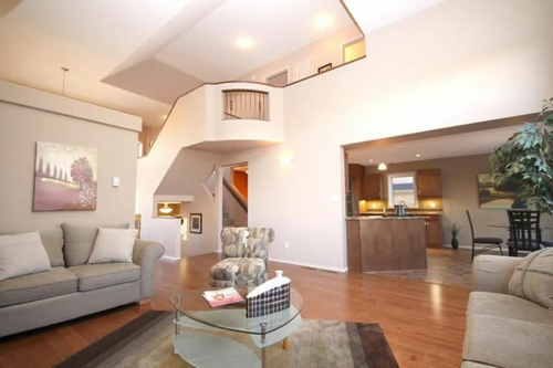 treppe wohnzimmer:Das Wohnzimmer attraktiv einrichten – 70 Designs, die Sie unbedingt  ~ treppe wohnzimmer