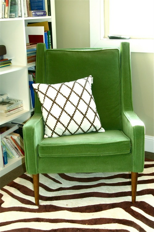 grüne designer stühle bequem gepolstert sessel kissen rautenförmig