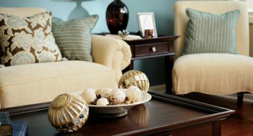 haus interior design zubehör vasen meeresthema sofa sessel tisch
