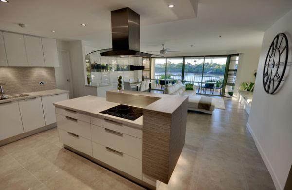 holz wohnlich küche minimalistisch wanduhr design schlafbereich