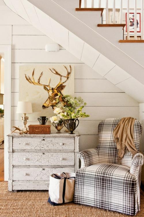 interior design im landhausstil einrichten holz wandgestaltung weiß