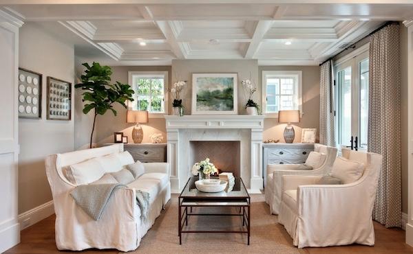 interior design mythen bequeme sessel und sofa in weiß marmor kamin