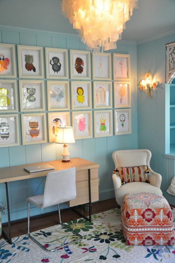 interior design mythen kinder zeichnungen an der wand gemusterte teppich und hocker mit blumen