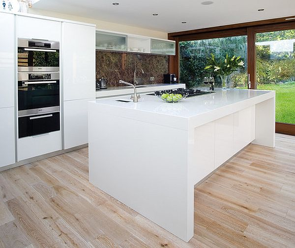 kücheninsel design ideen ultra modern strahlend weiß glänzend