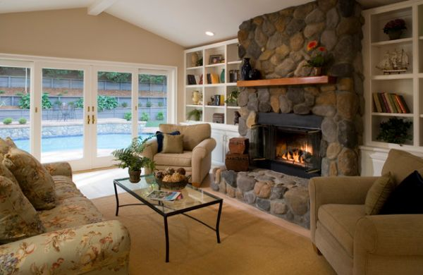 kamine mit verglasung modern wohnung steinwand sessel sofa