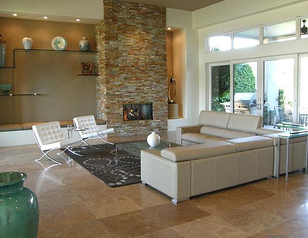 kamine mit verglasung modern wohnung weiß stuhl steinwand ledersofa