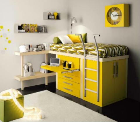 schickes kinderzimmer design grelles gelb coole wanduhr