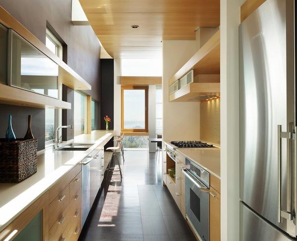 Kleine Eingebaute K%C3%BCche Holz Einrichtung Regale Kochherd Einzigartig Kleine  Galeere Küche Umgestalten