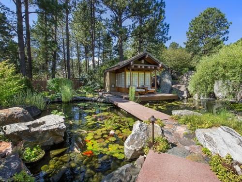 Gartenteich Wasserspiele Design Ideen Holz