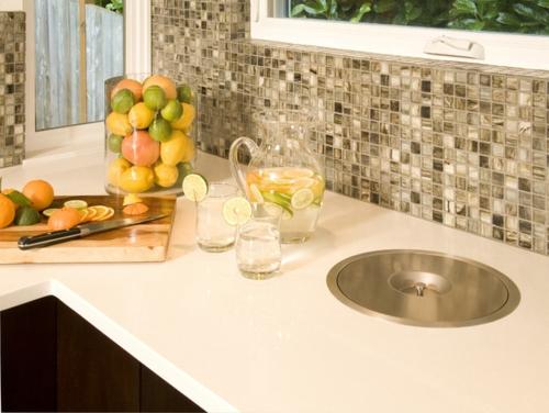 kreative küchen designs mosaik fliesen braun nuancen küchenrückwand
