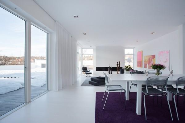 moderne schwedische vila weiß wand dunkel weich teppich