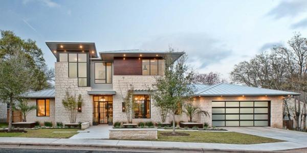 Moderne Texas Residenz kombiniert antike Elemente mit blauen Akzenten
