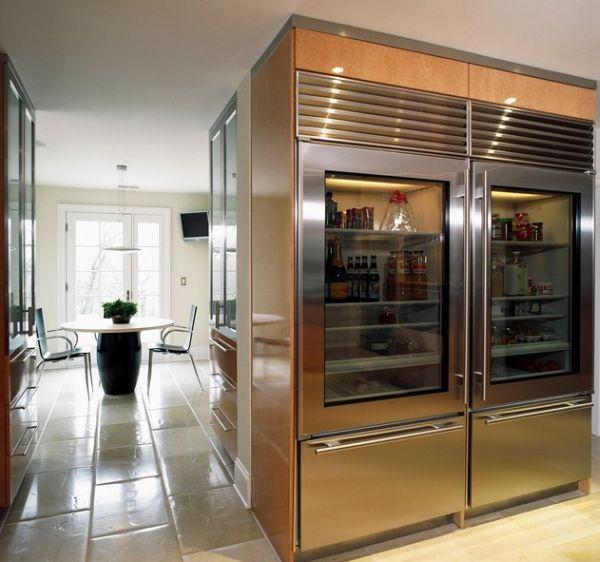 moderner kühlschrank mit glastür glanzvoll esstisch stühle