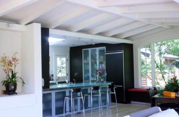 moderner kühlschrank mit glastür glas arbeitsplatte