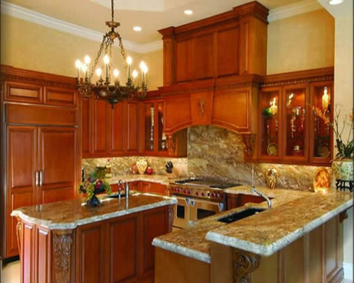 neugestaltung-traditionell-küche-idee-originell-kronleuchter