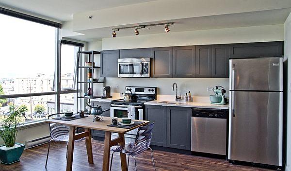 originelle küchenschrank designs einrichtung holz esstisch kühlschrank