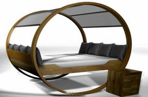 oval-form-design-himmelbett-grau-kissen-minimalistisch
